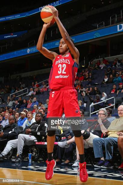 Shatori WalkerKimbrough of the Washington Mystics shoots the ball against the Connecticut Sun during a WNBA game on August 29 2017 at the Verizon...