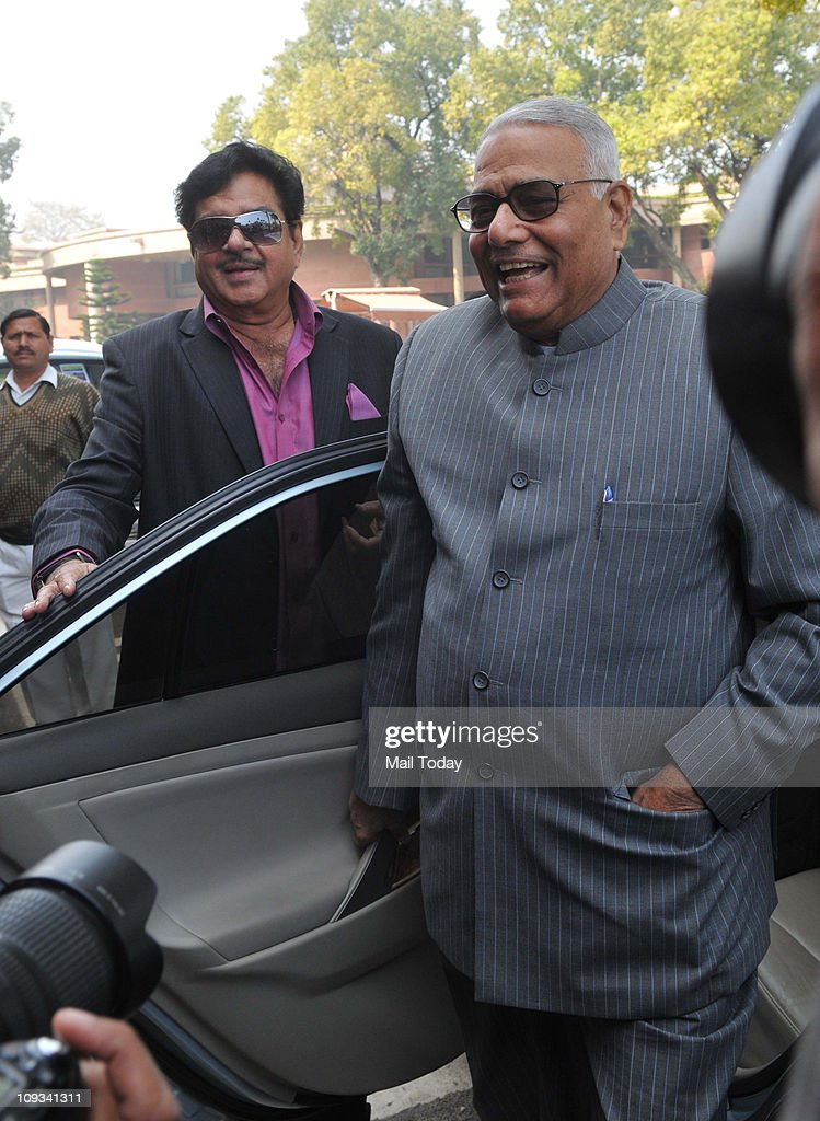 Shatrughan Sinha and Yashwant Sinha arrive to attend the opening day of the budget session of the parliament.