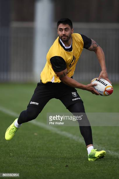 Shaun Johnson of the Kiwis passes during a New Zealand Kiwis Rugby League World Cup Training Session at the Warriors training Grounds on October 24...