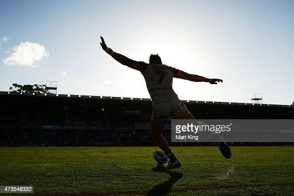 Shaun Johnson of the Warriors kicks a conversion attempt during the round 10 NRL match between the Parramatta Eels and the New Zealand Warriors at...