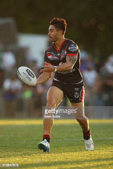 Shaun Johnson of the Warriors passes during the round one NRL match between the Wests Tigers and the New Zealand Warriors at Campbelltown Sports...