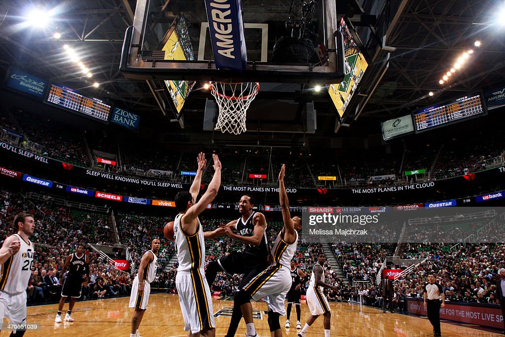 <a gi-track='captionPersonalityLinkClicked' href=/galleries/search?phrase=Shaun+Livingston&family=editorial&specificpeople=202955 ng-click='$event.stopPropagation()'>Shaun Livingston</a> #14 of the Brooklyn Nets passes against the Utah Jazz at EnergySolutions Arena on February 19, 2014 in Salt Lake City, Utah.