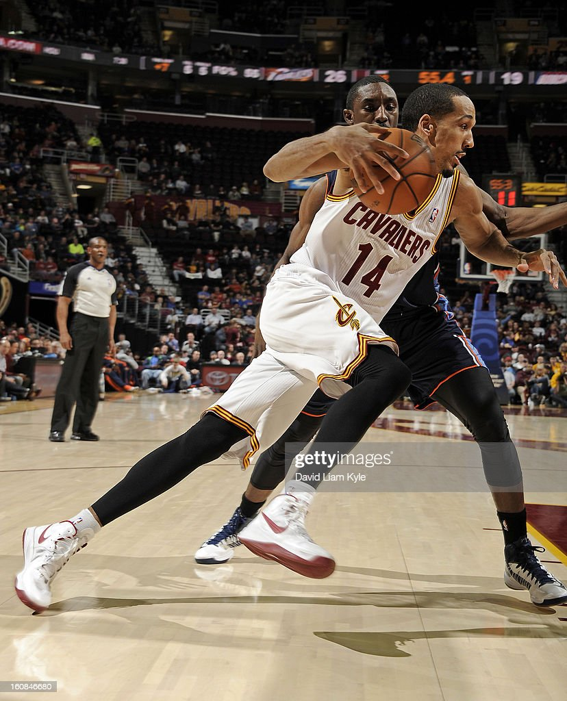 Shaun Livingston #14 of the Cleveland Cavaliers drives to the hoop against the Charlotte Bobcats at The Quicken Loans Arena on February 6, 2013 in Cleveland, Ohio.