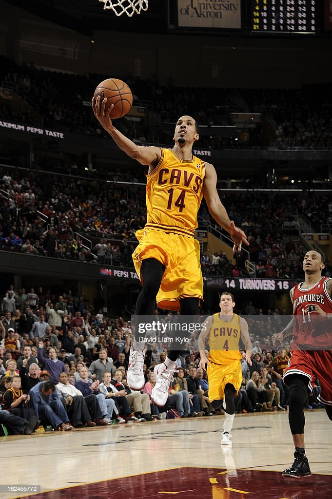 <a gi-track='captionPersonalityLinkClicked' href=/galleries/search?phrase=Shaun+Livingston&family=editorial&specificpeople=202955 ng-click='$event.stopPropagation()'>Shaun Livingston</a> #14 of the Cleveland Cavaliers goes up for the layup against the Milwaukee Bucks at The Quicken Loans Arena on January 25, 2013 in Cleveland, Ohio.