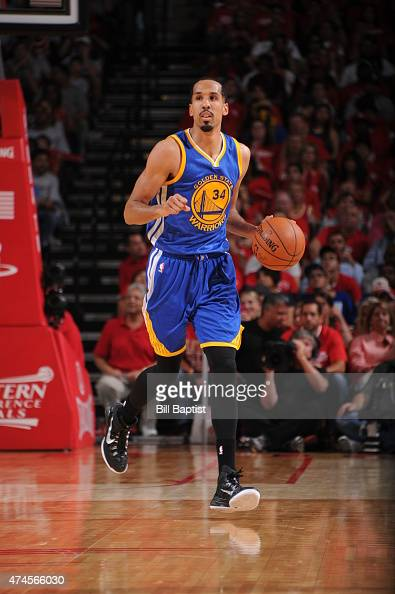 Shaun Livingston of the Golden State Warriors brings the ball up court against the Houston Rockets in Game Three of the Western Conference Finals...