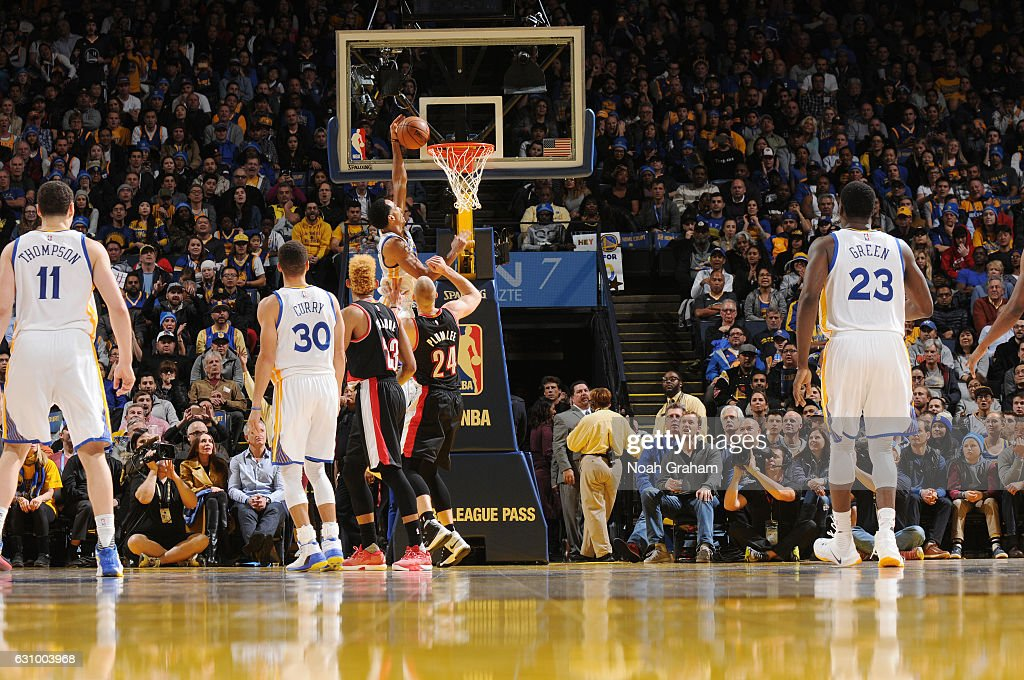 ... Shaun Livingston 34 of the Golden State Warriors dunks against the  Portland Trail Blazers during ... d1f3cb11d