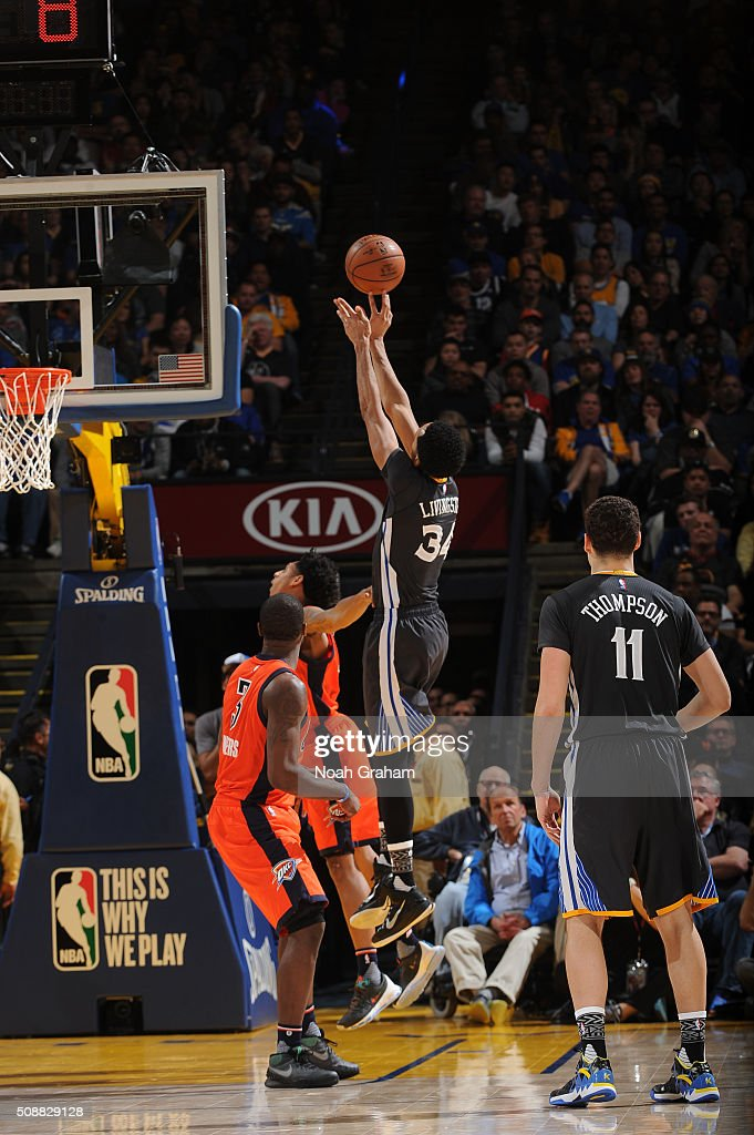 <a gi-track='captionPersonalityLinkClicked' href=/galleries/search?phrase=Shaun+Livingston&family=editorial&specificpeople=202955 ng-click='$event.stopPropagation()'>Shaun Livingston</a> #34 of the Golden State Warriors shoots against the Oklahoma City Thunder on February 6, 2016 at Oracle Arena in Oakland, California.