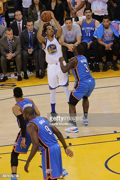 Shaun Livingston of the Golden State Warriors shoots the ball against the Oklahoma City Thunder in Game Five of the Western Conference Finals during...