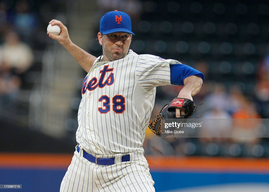 <a gi-track='captionPersonalityLinkClicked' href=/galleries/search?phrase=Shaun+Marcum&family=editorial&specificpeople=784110 ng-click='$event.stopPropagation()'>Shaun Marcum</a> #38 of the New York Mets pitches in the first inning against the Arizona Diamondbacks at Citi Field on July 1, 2013 at Citi Field in the Flushing neighborhood of the Queens borough of New York City.