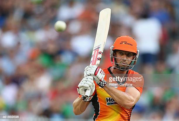 Shaun Marsh of the Scorchers bats during the Big Bash League match between the Melbourne Stars and Perth Scorchers at Melbourne Cricket Ground on...