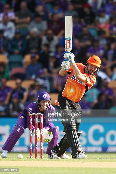 Shaun Marsh of the Scorchers bats during the Big Bash League match between the Hobart Hurricanes and the Perth Scorchers at Blundstone Arena on...
