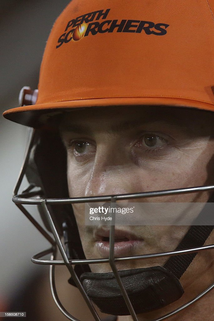 Shaun Marsh of the Scorches looks on during the Big Bash League match between the Brisbane Heat and the Perth Scorchers at The Gabba on December 18, 2012 in Brisbane, Australia.