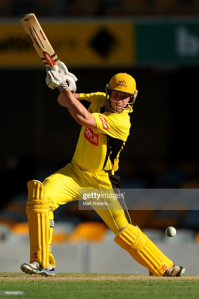<a gi-track='captionPersonalityLinkClicked' href=/galleries/search?phrase=Shaun+Marsh+-+Cricket+Player&family=editorial&specificpeople=236104 ng-click='$event.stopPropagation()'>Shaun Marsh</a> of the Warriors bats during the Ryobi One Day Cup match between the Queensland Bulls and the Western Australia Warriors at The Gabba on February 2, 2013 in Brisbane, Australia.