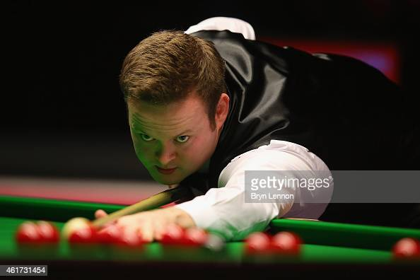 Shaun Murphy of Great Britain in action against Neil Robertson of Australia during the final of the Dafabet Masters at Alexandra Palace on January 18...