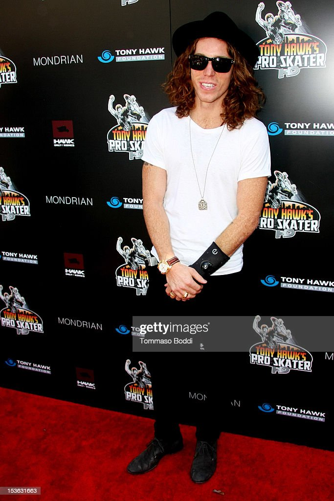 Shaun White attends the 9th annual Tony Hawk Stand Up For Skateparks Benefit held at Ron Burkle's Green Acres Estate on October 7, 2012 in Beverly Hills, California.