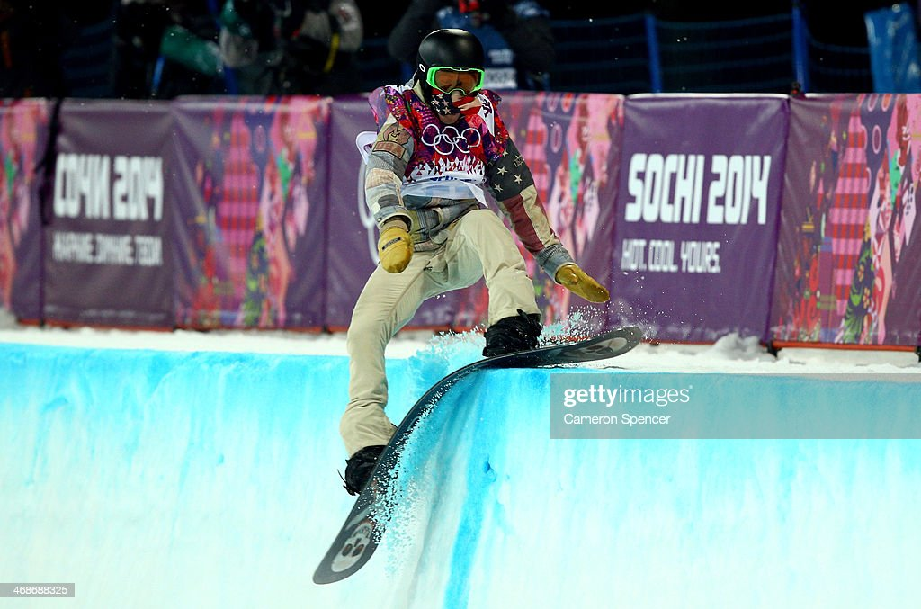 <a gi-track='captionPersonalityLinkClicked' href=/galleries/search?phrase=Shaun+White+-+Snowboarder&family=editorial&specificpeople=247245 ng-click='$event.stopPropagation()'>Shaun White</a> of the United States crashes out in the Snowboard Men's Halfpipe Finals on day four of the Sochi 2014 Winter Olympics at Rosa Khutor Extreme Park on February 11, 2014 in Sochi, Russia.