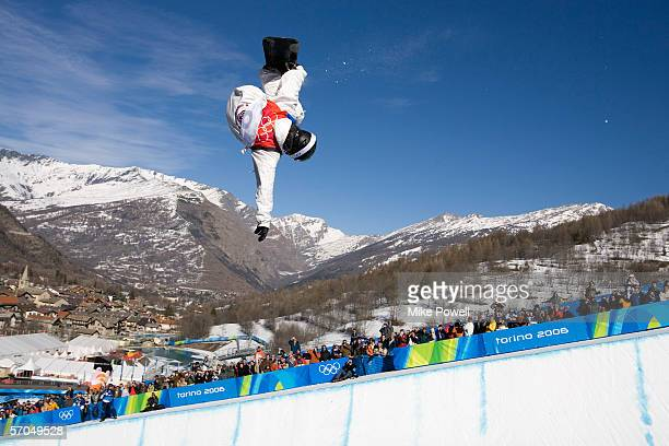 Shaun White of the USA competes in the first run of the finals winning the Gold medal in the Men's Halfpipe finals during Day 2 of the Turin 2006...