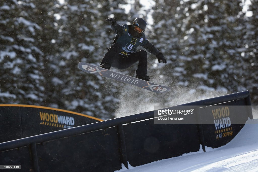 Shaun White rides to third place in the men's FIS Snowboard Slopestyle World Cup at the U.S. Snowboarding and Freeskiing Grand Prix on December 22, 2013 in Copper Mountain, Colorado.