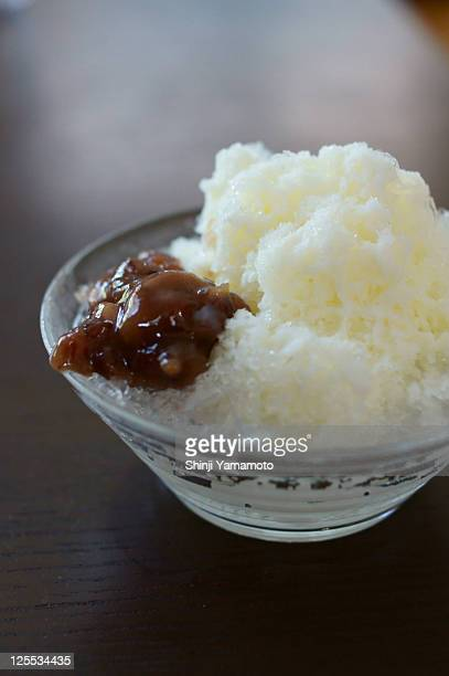 Shaved ice, red beans