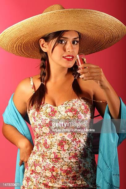 ショール、帽子とテキーラスラマーます。