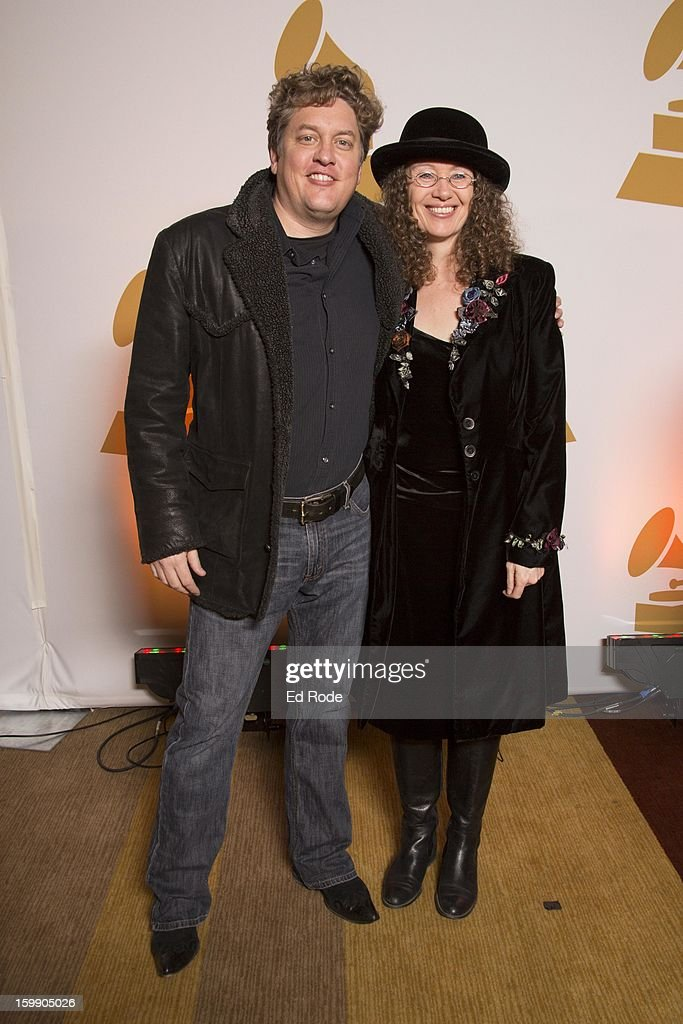 <a gi-track='captionPersonalityLinkClicked' href=/galleries/search?phrase=Shawn+Camp&family=editorial&specificpeople=227958 ng-click='$event.stopPropagation()'>Shawn Camp</a> and Tamara Saviano Attend the Nashville GRAMMY Nominee Party at the Loews Vanderbilt Hotel on January 22, 2013 in Nashville, Tennessee.