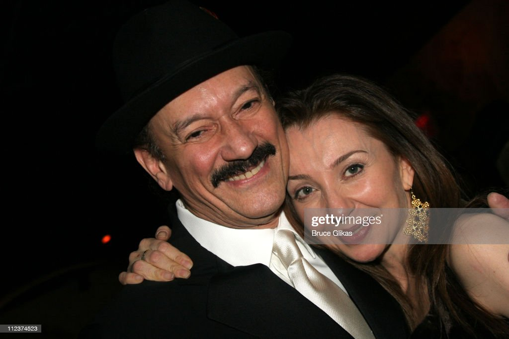 Shawn Elliott and wife Donna Murphy