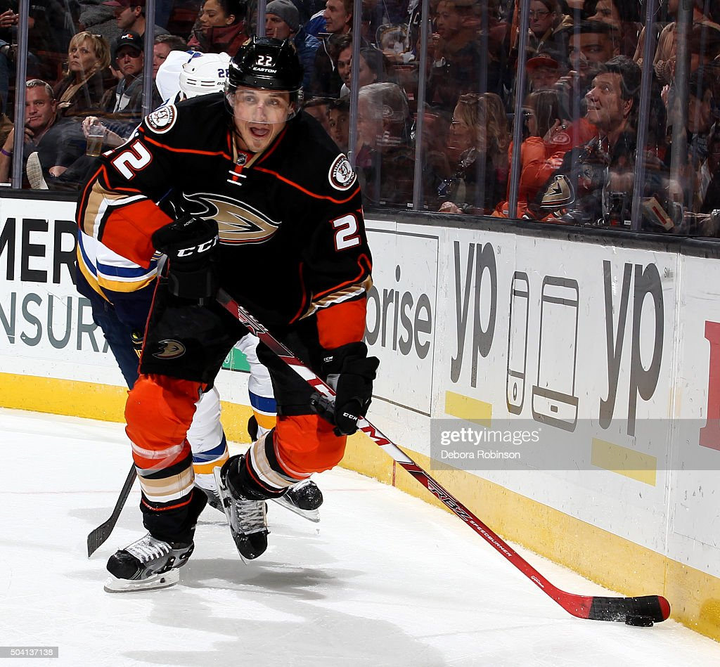 Shawn Horcoff of the Anaheim Ducks handles the puck during the game against the St Louis Blues on January 8 2016 at Honda Center in Anaheim California