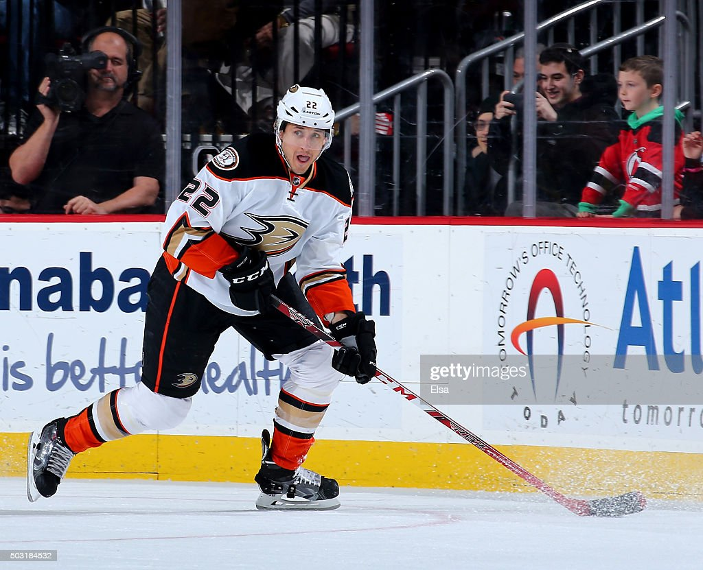 Shawn Horcoff of the Anaheim Ducks takes the puck in the third period against the New Jersey Devils on December 19 2015 at Prudential Center in...