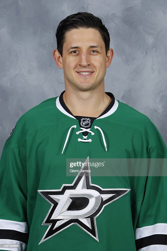 Shawn Horcoff of the Dallas Stars poses for his official headshot for the 20142015 season on September 18 2014 at the American Airlines Center in...