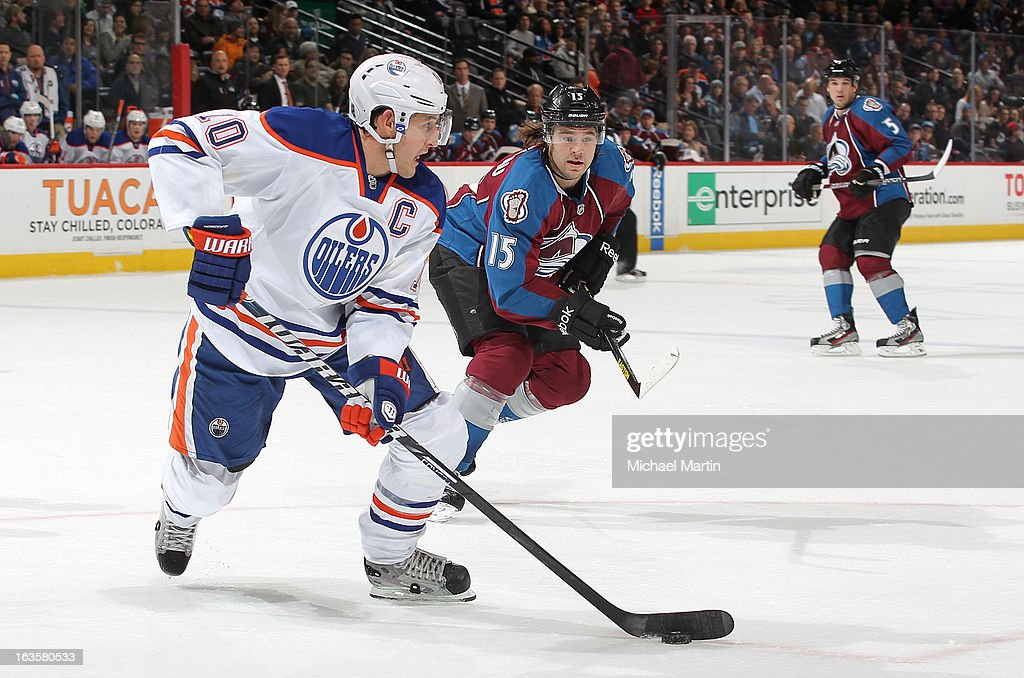 <a gi-track='captionPersonalityLinkClicked' href=/galleries/search?phrase=Shawn+Horcoff&family=editorial&specificpeople=239536 ng-click='$event.stopPropagation()'>Shawn Horcoff</a> #10 of the Edmonton Oilers skates against PA Parenteau #15 of the Colorado Avalanche at the Pepsi Center on March 12, 2013 in Denver, Colorado.