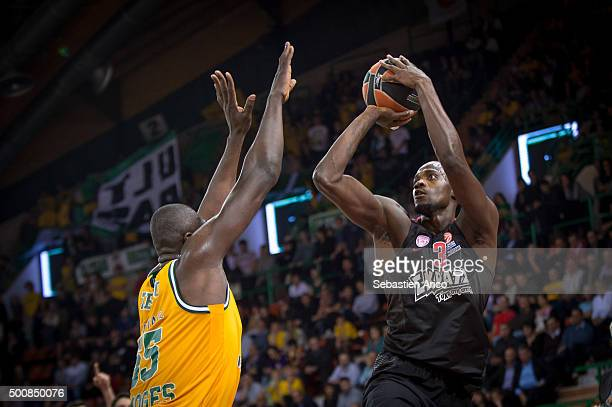 Shawn James #3 of Olympiacos Piraeus competes with Frejus Zerbo #55 of Limoges CSP in action during the Turkish Airlines Euroleague Basketball...