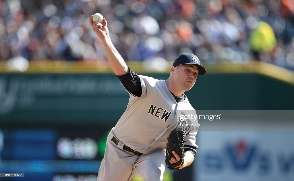 Shawn Kelley #27 of the New York Yankees pitches during the seventh inning against the Detroit Tigers in the homer opener at Comerica Park on April 5, 2013 in Detroit, Michigan. The Tigers defeated the Yankees 8-3.