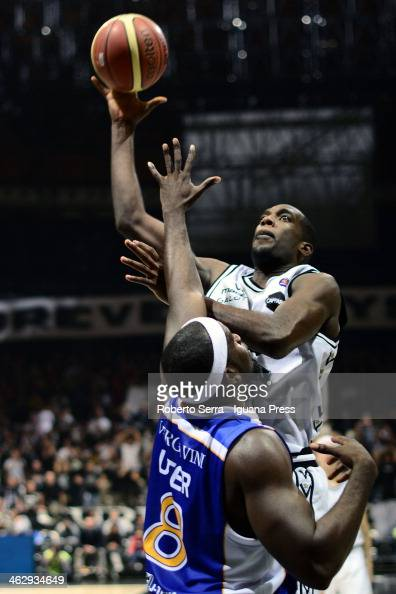 Shawn King of Granarolo competes with Adrian Uter of Acqua Vitasnella talks over during the LegaBasket Serie A1 match between Granarolo Bologna and...