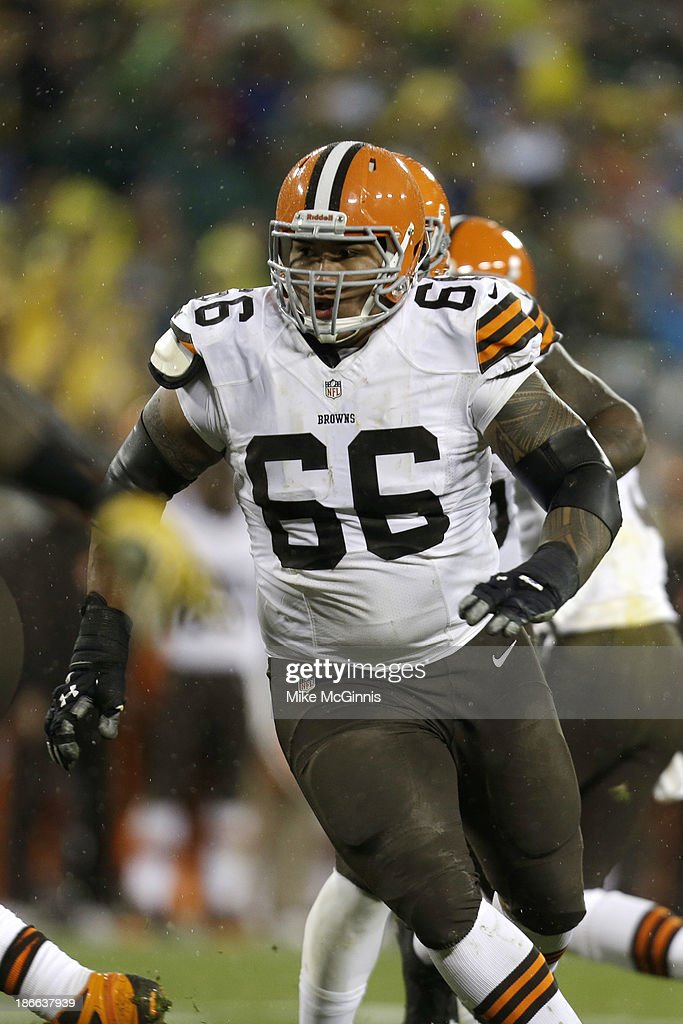 <a gi-track='captionPersonalityLinkClicked' href=/galleries/search?phrase=Shawn+Lauvao&family=editorial&specificpeople=4629010 ng-click='$event.stopPropagation()'>Shawn Lauvao</a> #66 of the Cleveland Browns in action on offense during the game against the Green Bay Packers at Lambeau Field on October 20, 2013 in Green Bay, Wisconsin.