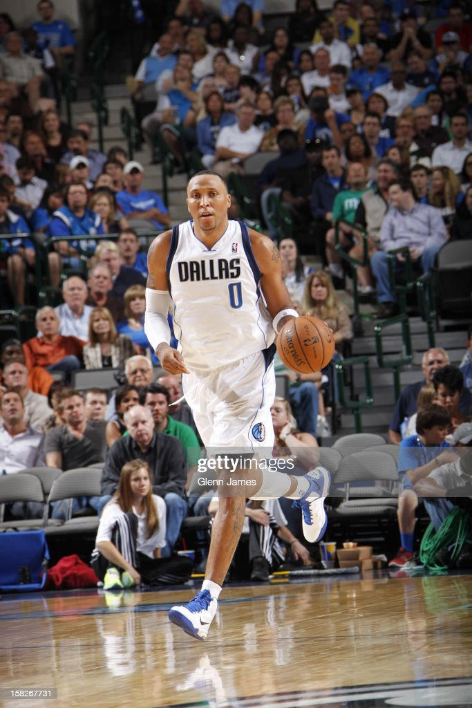 <a gi-track='captionPersonalityLinkClicked' href=/galleries/search?phrase=Shawn+Marion&family=editorial&specificpeople=201566 ng-click='$event.stopPropagation()'>Shawn Marion</a> #0 of the Dallas Mavericks dribbles the ball up court against the Charlotte Bobcats on November 3, 2012 at the American Airlines Center in Dallas, Texas.