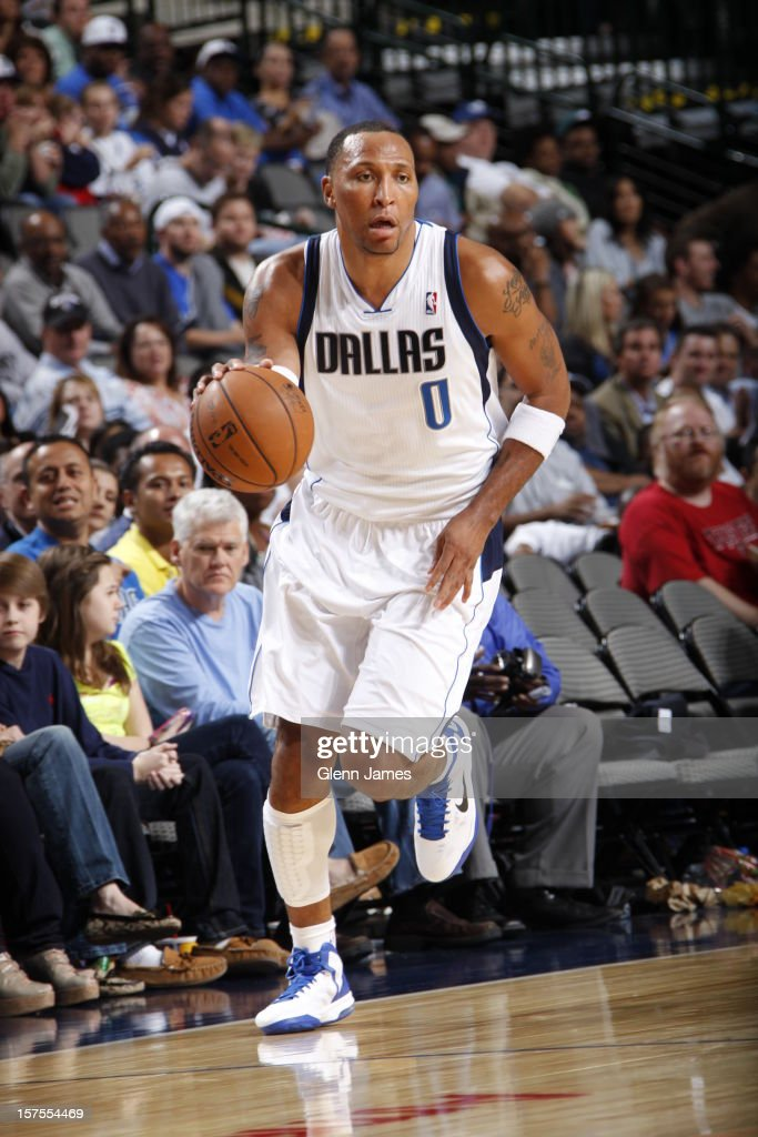 <a gi-track='captionPersonalityLinkClicked' href=/galleries/search?phrase=Shawn+Marion&family=editorial&specificpeople=201566 ng-click='$event.stopPropagation()'>Shawn Marion</a> #0 of the Dallas Mavericks dribbles the ball upcourt against the Portland Trail Blazers on November 5, 2012 at the American Airlines Center in Dallas, Texas.