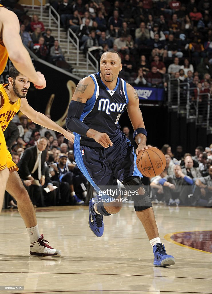<a gi-track='captionPersonalityLinkClicked' href=/galleries/search?phrase=Shawn+Marion&family=editorial&specificpeople=201566 ng-click='$event.stopPropagation()'>Shawn Marion</a> #0 of the Dallas Mavericks drives to the basket against <a gi-track='captionPersonalityLinkClicked' href=/galleries/search?phrase=Omri+Casspi&family=editorial&specificpeople=2298404 ng-click='$event.stopPropagation()'>Omri Casspi</a> #36 of the Cleveland Cavaliers at The Quicken Loans Arena on November 17, 2012 in Cleveland, Ohio.