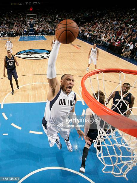 Shawn Marion of the Dallas Mavericks dunks against the New Orleans Pelicans on February 26 2014 at the American Airlines Center in Dallas Texas NOTE...