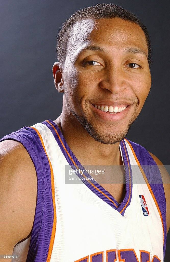 Shawn Marion #31 of the Phoenix Suns poses for a portrait during NBA Media Day on October 4, 2004 in Phoenix, Arizona.