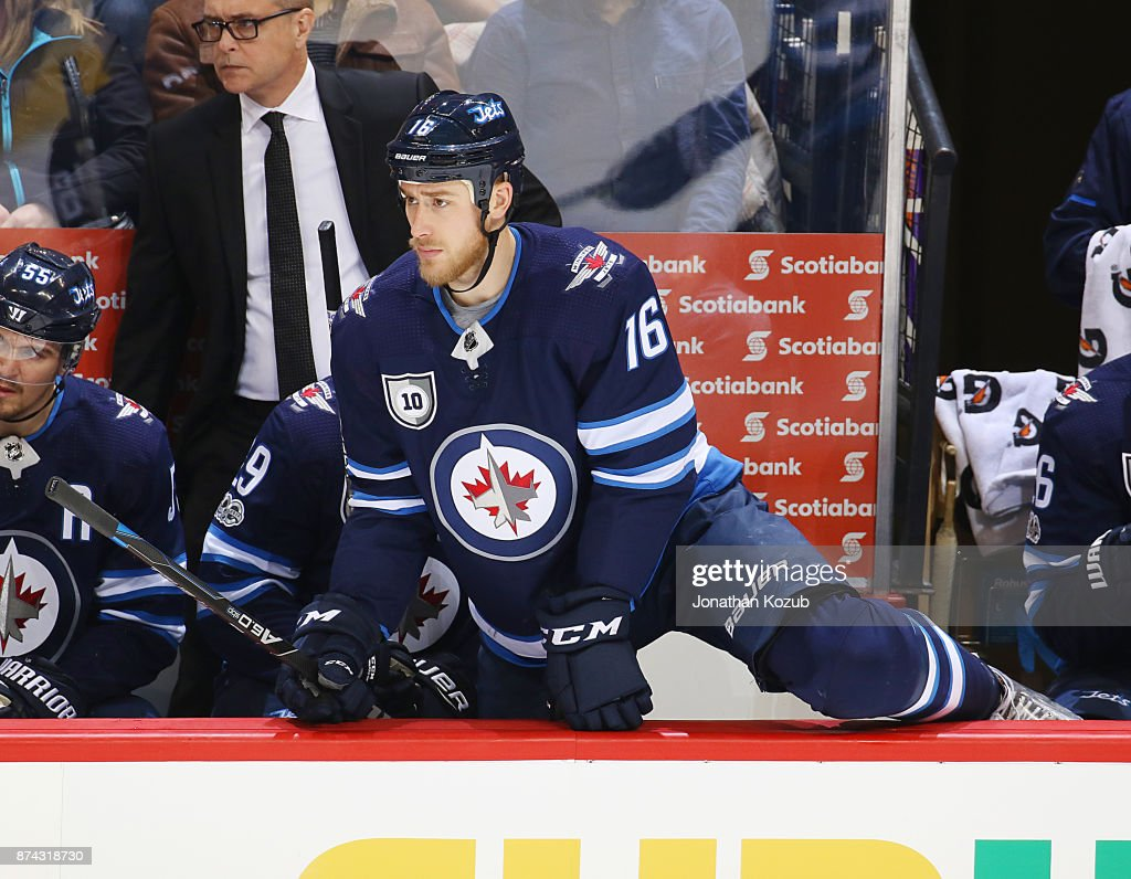 Shawn Matthias #16 of the Winnipeg Jets gets set to change on the fly during third period action against the Arizona Coyotes at the Bell MTS Place on November 14, 2017 in Winnipeg, Manitoba, Canada.
