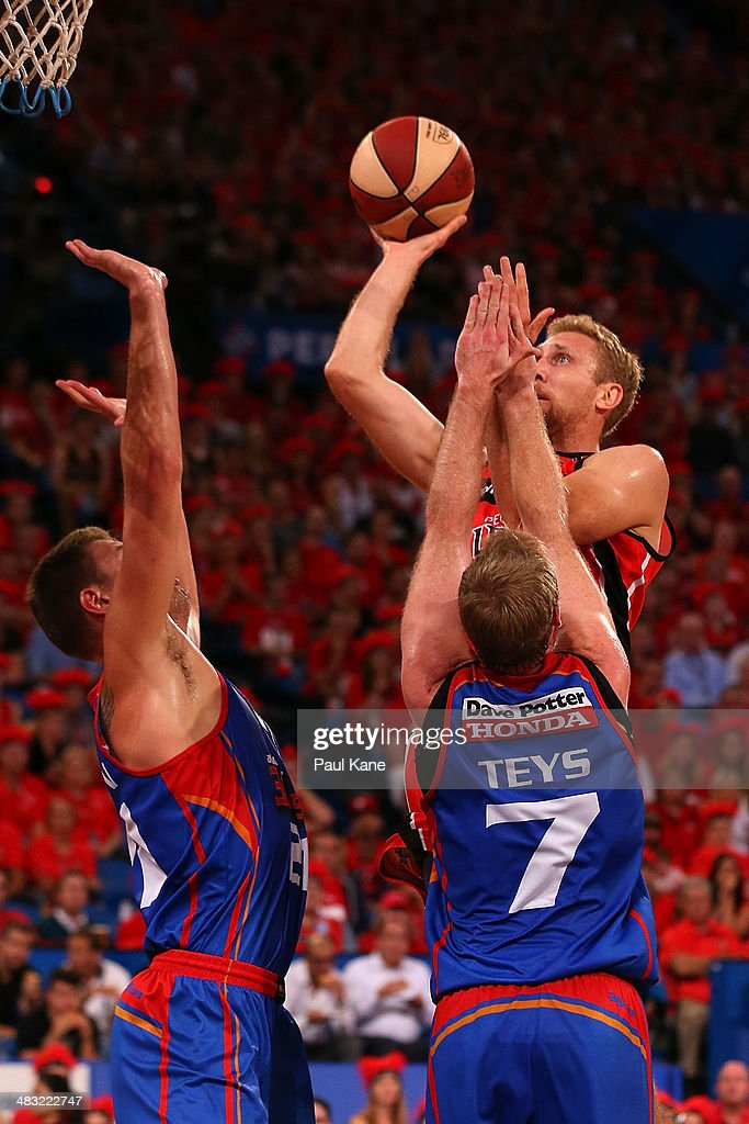 Shawn Redhage of the Wildcats takes a jump shot during game one of the NBL Grand Final series between the Perth Wildcats and the Adelaide 36ers at Perth Arena on April 7, 2014 in Perth, Australia.