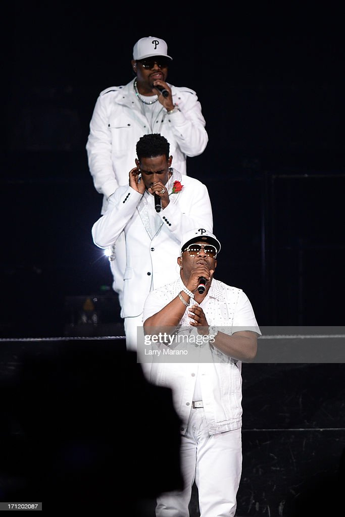 "Boyz II Men Perform On ""The Package Tour"""