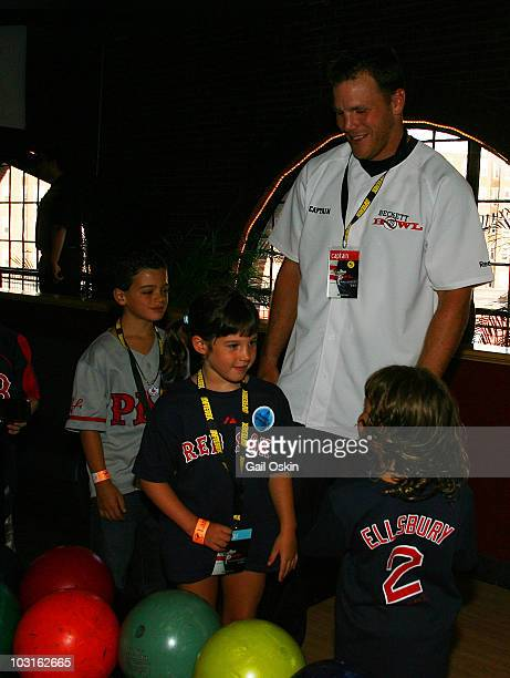 Shawn Thornton Charlie and Maggie attend the Beckett Bowl at Children's Hospital Boston on July 29 2010 in Boston Massachusetts