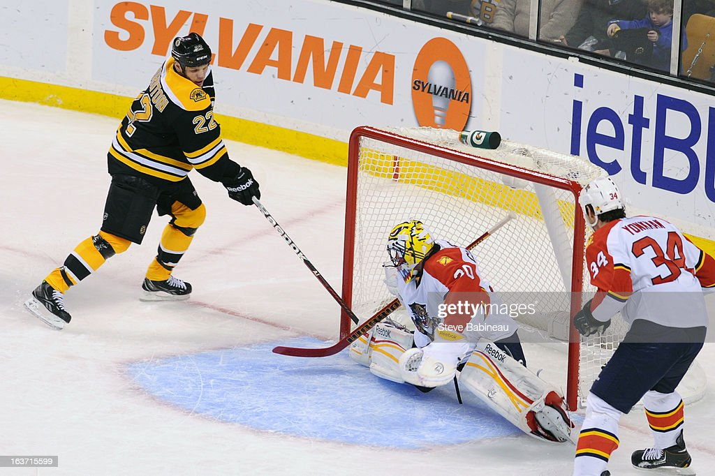 <a gi-track='captionPersonalityLinkClicked' href=/galleries/search?phrase=Shawn+Thornton&family=editorial&specificpeople=221639 ng-click='$event.stopPropagation()'>Shawn Thornton</a> #22 of the Boston Bruins scores a goal against the Florida Panthers at the TD Garden on March 14, 2013 in Boston, Massachusetts.