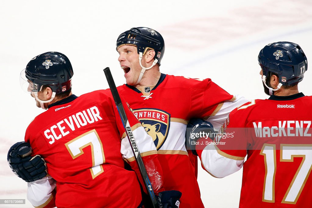 Arizona Coyotes v Florida Panthers