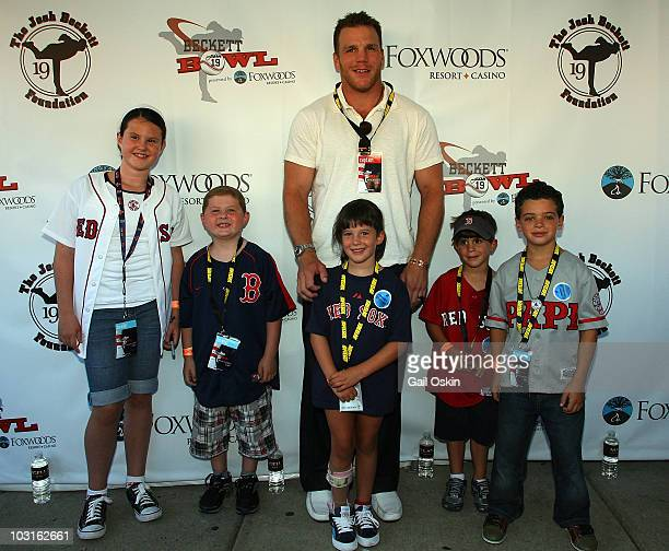 Shawn Thronton and L to R Isabella Patrick Maggie Nicholas and Charlie attend the Beckett Bowl at Children's Hospital Boston on July 29 2010 in...