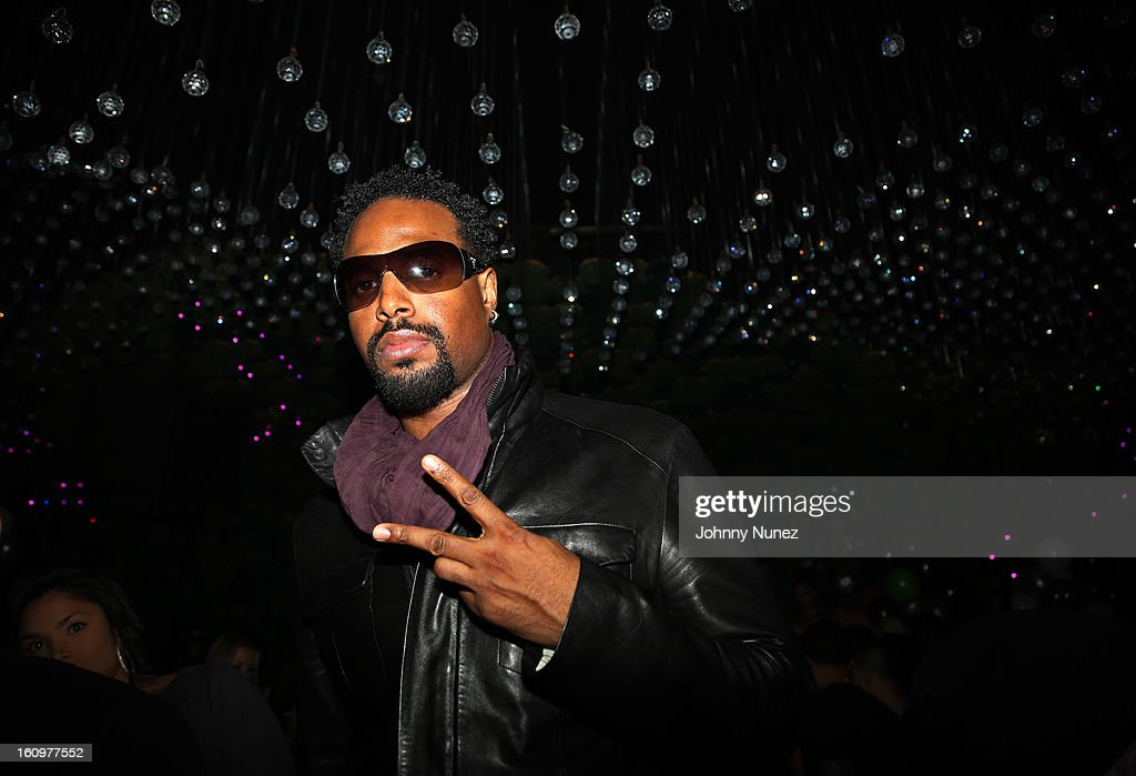 <a gi-track='captionPersonalityLinkClicked' href=/galleries/search?phrase=Shawn+Wayans&family=editorial&specificpeople=208824 ng-click='$event.stopPropagation()'>Shawn Wayans</a> attends Kid Capri's Birthday Party at Greenhouse on February 7, 2013 in New York City.
