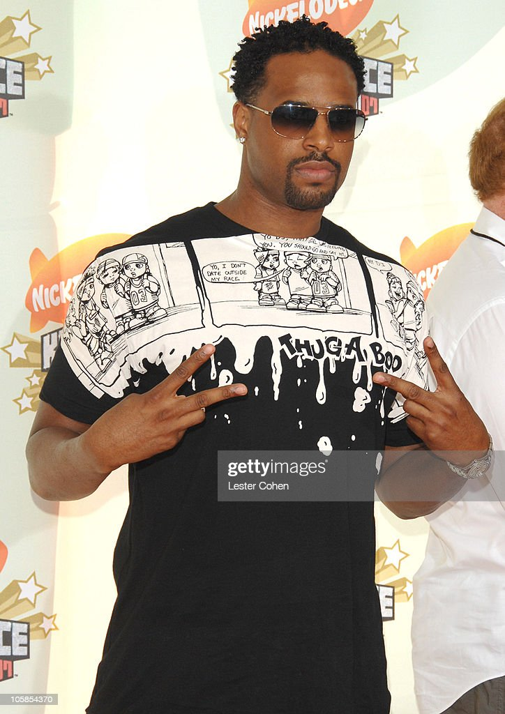 Shawn Wayans during Nickelodeon's 20th Annual Kids' Choice Awards - Arrivals at Pauley Pavilion in Westwood, California, United States.