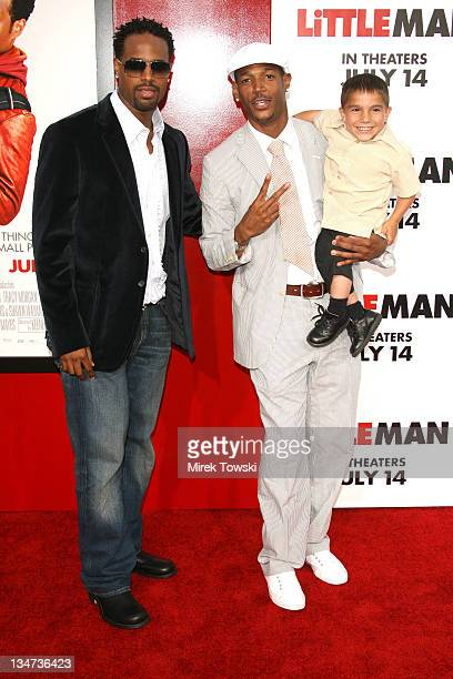 shawn wayans stock photos and pictures