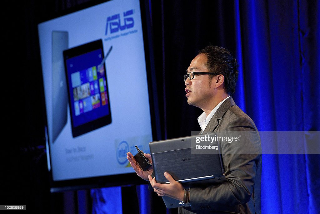 Shawn Yen, director of product management for ASUS, speaks during an event in San Francisco, California, U.S., on Thursday, Sept. 27, 2012. Intel Corp.'s delayed delivery of software that conserves computer battery life is holding up the development of some tablets running the latest version of Microsoft Corp.'s flagship Windows operating system, a person with knowledge of the matter said. Photographer: David Paul Morris/Bloomberg via Getty Images